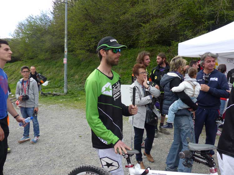 Downhill mountain biker tandem andorra 2015  (2)