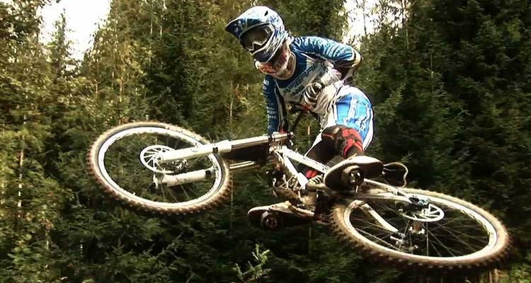 Danny Hart Mountain Biker – Interview 1 – His Father
